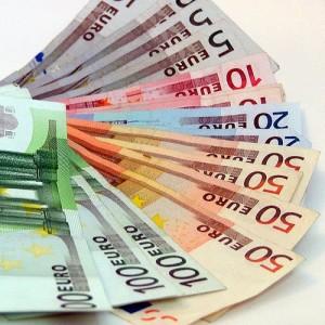 Банки просят от ЦБ кредиты в валюте