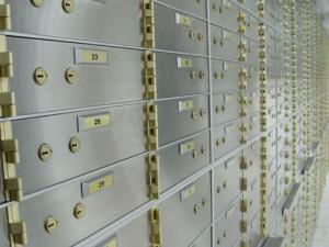 Преступник вскрыл банковские ячейки в Питере